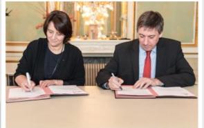 Le contrat d'administration 2016-2018 signé par le Ministre et la Présidente
